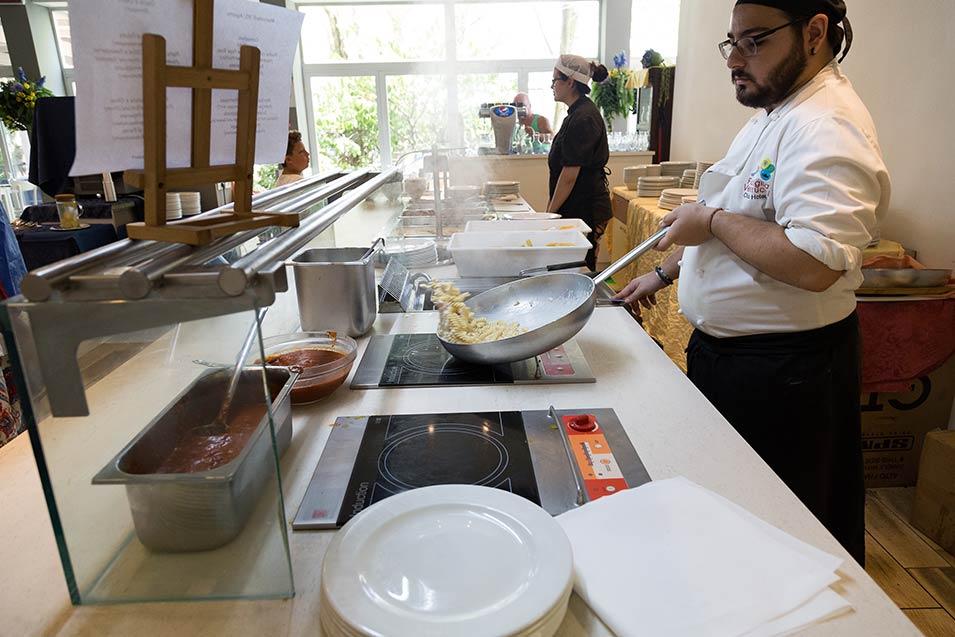 Hotel cesenatico con ristorante cucina a vista e men a km 0 - Organizzare cucina ristorante ...